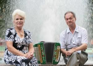 Александр Устьянцев с женой Валентиной Митрофановной